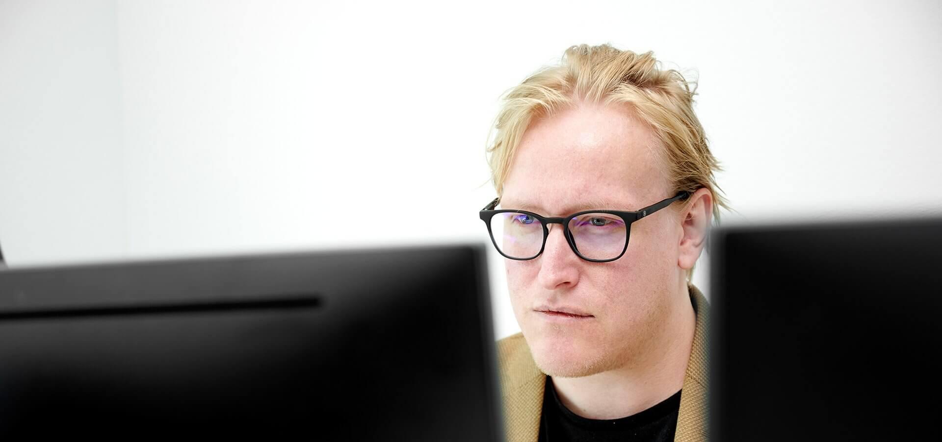 Rasmus Visti - Head of Copy hos LAZZAWEB